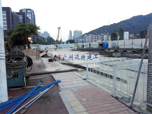 广州地铁暹岗站土建施工现场围蔽