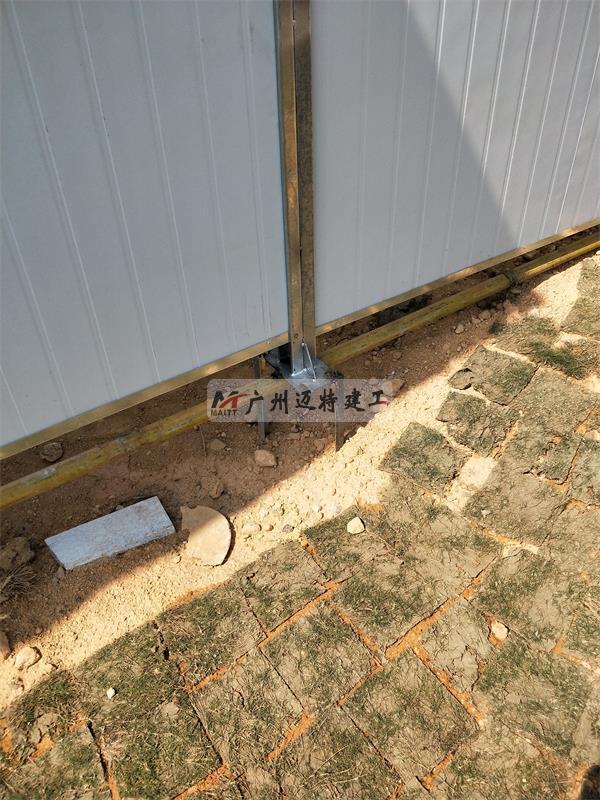钢立柱固定安装细节图
